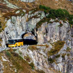 Herzstück der Sustenpass-Strecke: der künstliche Wasserfall