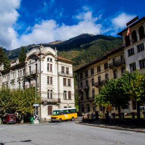 Faidos Zeugen besserer Zeiten: die Hotels am Bahnhofsplatz