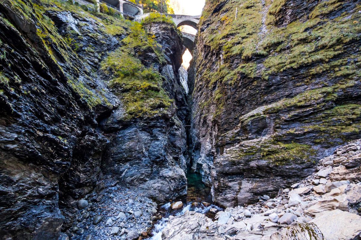Die ViaMala-Schlucht - seit Jahrhunderten die Schlüsselstelle auf der Route zwischen Chur und dem Süden!