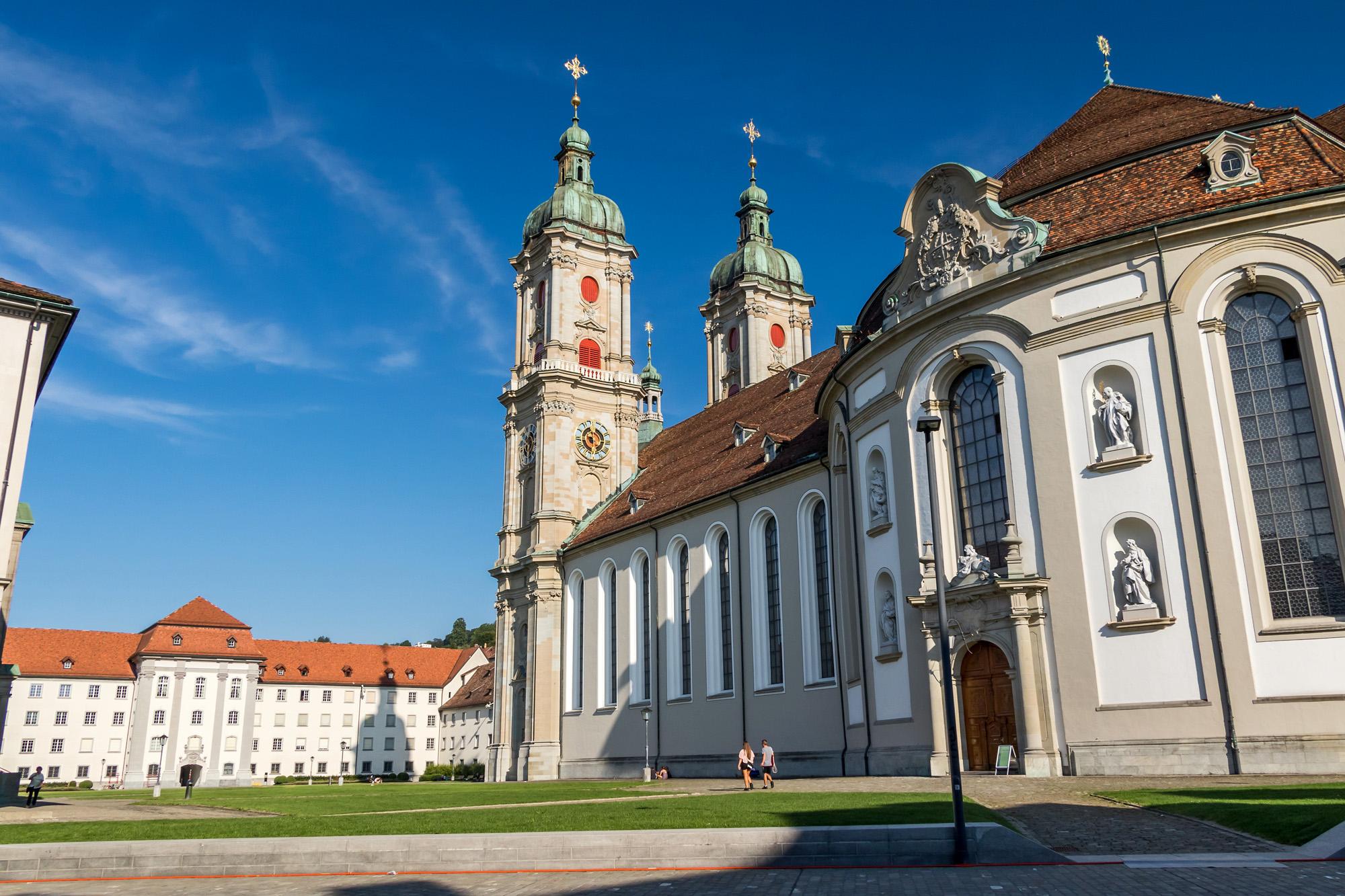 Die Stiftskirche in voller Pracht