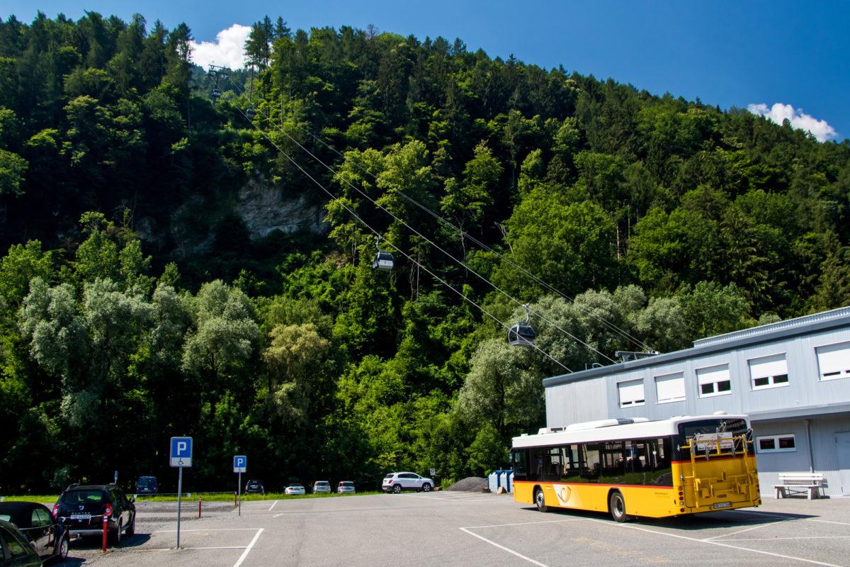 Endstation Gondelbahn: Vom Postauto direkt ins Pizolgebiet!