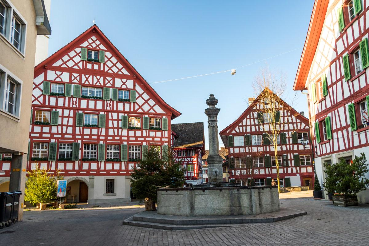 Ein Stückchen heile Welt: Der Rathausplatz in Bülach