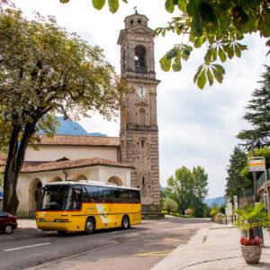 Beim Kirchturm von Rovio (TI)
